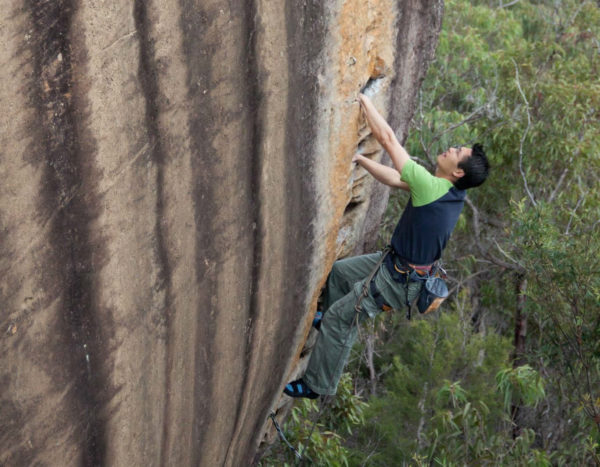 rock climbing adventure packages sydney blue mountains