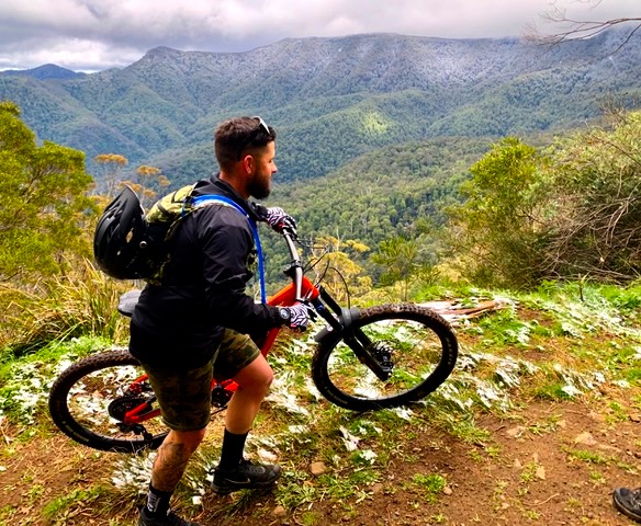 Mountain Biking Guided Cycle tours along Blue Mountains and NSW Trail